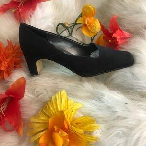 """Judith Black 2 1/2"""" Heels"""